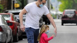Bradley Cooper összeöltözött a kislányával
