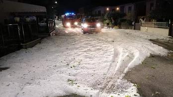 Vastag jégtakaró fedte be az utcákat Olaszország középső részén