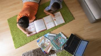 Két fővárosi iskolában május végén befejezik a digitális oktatást