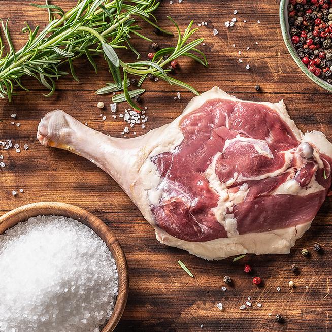 Így érdemes sütni a kacsacombot, hogy omlós és szaftos legyen a hús – Régi bevált trükkök