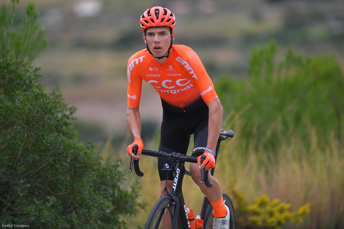 Valter Attila és a CCC Team edzésén 2019. december 13-án, Spanyolországban.