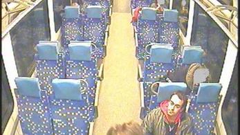 Ellökte a kalauzt a vonaton, körözi a rendőrség