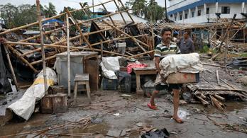 Hárommillió embert kellett evakuálni az Amphan ciklon miatt