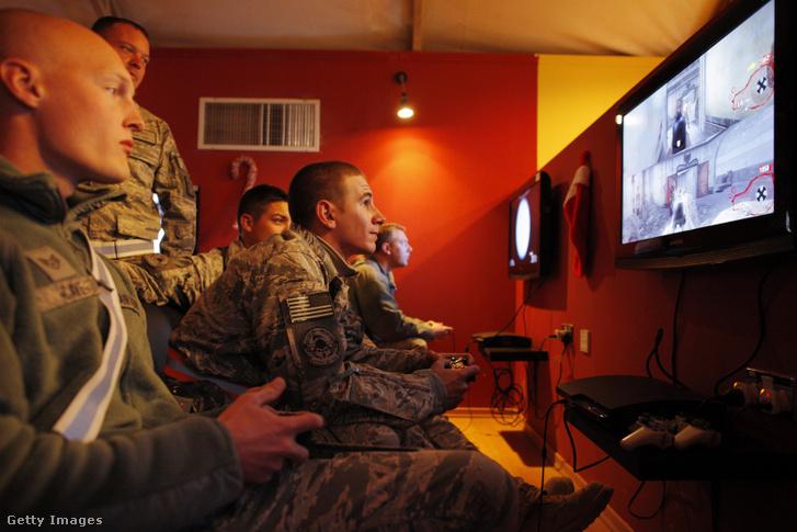 Call of Duty nem újdonság az amerikai hadseregnél, 2010-ben Kandaharban is ezzel játszottak a katonák Afganisztánban