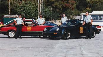 Elképesztő, milyen autókkal üldözték a bűnözőket a görög rendőrök a 90-es években