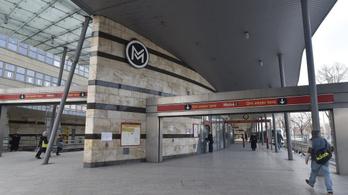 Kacsák miatt nem járt a metró az Örs vezér tere és a Puskás Ferenc Stadion között