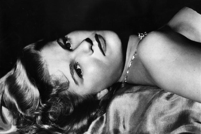 1949-ben készült ez a fotó Barbara Bel Geddesről, ekkor 27 esztendős volt. Gyönyörűen festett.