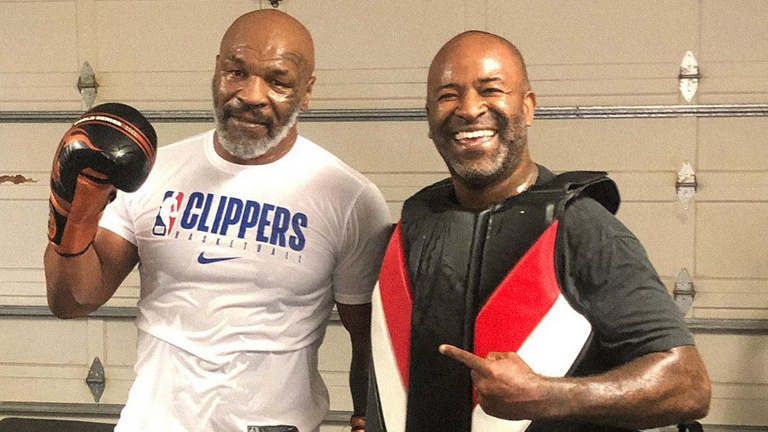 Nehogy komolyan vegyük Tyson és a fülharapós páros visszatérését