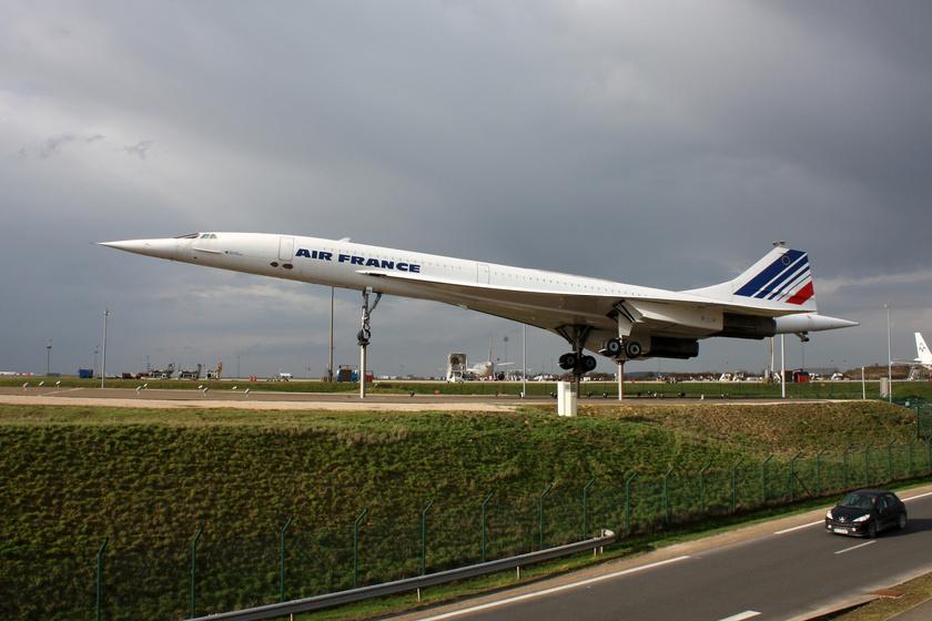 A Concorde egy gépe a Párizs-Charles de Gaulle repülőtéren.