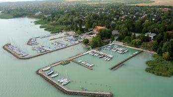Ingyen megkaphatják a települések az eladásra szánt Bahart-kikötőket