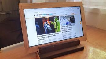 Építsen saját monitort olcsón, a kidobásra ítélt laptopjából!