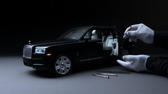 Tökéletes kicsinyített luxusterepjárót készít a Rolls-Royce