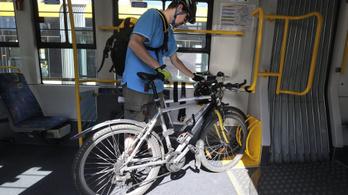Még több villamoson lehet biciklit szállítani