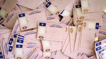 Egy ideig elsősegélynyújtási ismeretek nélkül is kiadják a jogosítványokat
