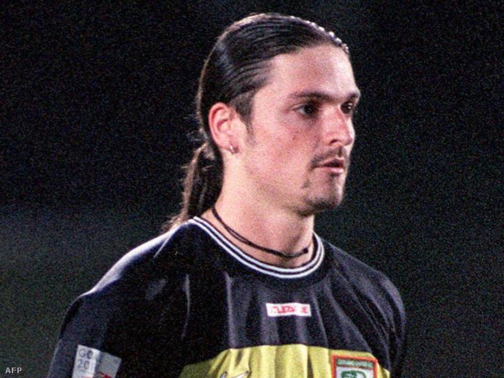 Lutz Pfannenstiel a Geylang United és a Tanjong Pagar közötti szingapúri mérkőzésen 2000. augusztus 3-án