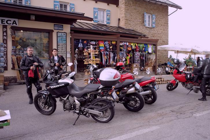 Mindenkori Passo Falzarego-kávénk helyszíne