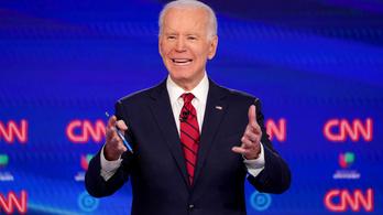 Biden bocsánatot kért, amiért kétségbe vonta a Trump-szavazó feketék fekete identitását