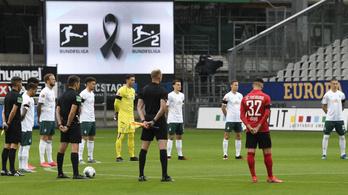 Gyászszünettel folytatódott a Bundesliga, a járvány áldozataira emlékeztek
