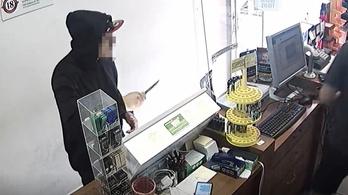 Késsel fenyegette a rabló a dohánybolt eladóját Kaposváron