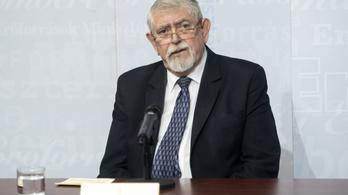 Kásler Miklós utasításban tiltotta meg a kórházaknak, hogy magáncégekkel szerződjenek