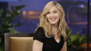 A hét csodája, hogy Madonna szinte meztelen Insta-képét még nem tiltották le