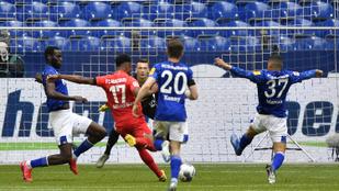 Óriási szabadrúgásgólt kapott a Schalke, megint kiütötték őket
