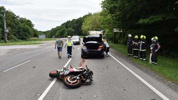 Ötvenmillió forintnyi kokainnal a hátán szenvedett balesetet egy motoros Pécsnél