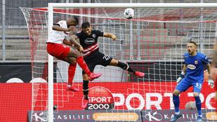 A meccs legvégén, három perc alatt olvadt el a Düsseldorf kétgólos előnye