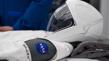 Csinos űrruhát kapnak a SpaceX Crew Dragon első utasai
