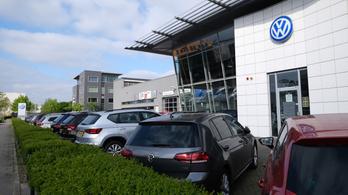 A VW-nek vissza kell vásárolnia a buherált kibocsátásmérős autókat, ha a német tulajok ezt kérik