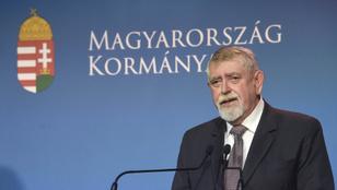 Orbán Káslerről: Itt aki jól teljesít, azt megtartjuk
