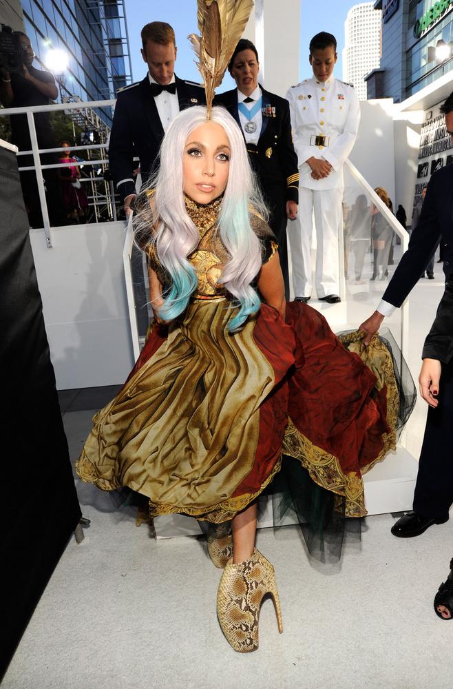Gaga következő CD-je a 2011-es Born This Way nem a hírnévről, nem is a félelmekről szólt, hanem az önelfogadásról