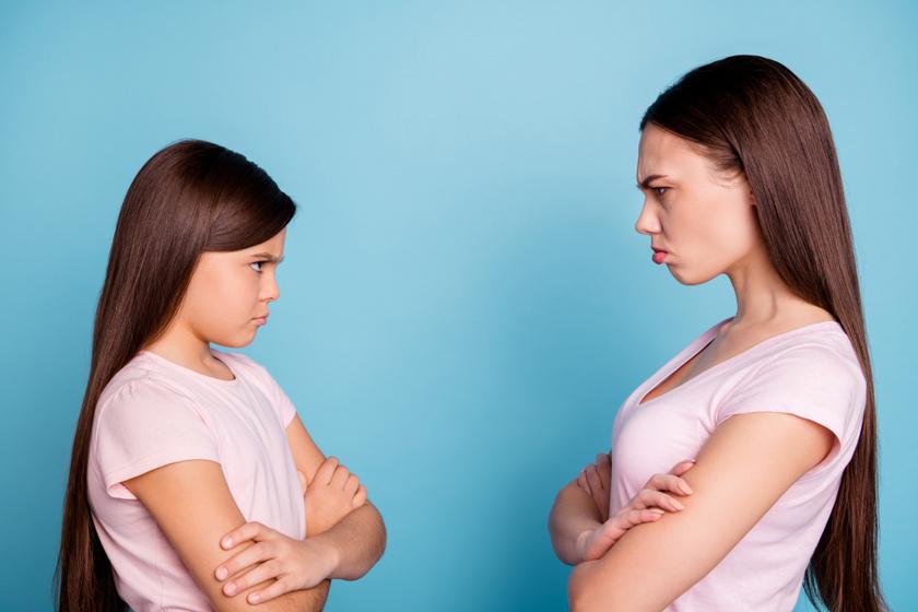 Dolgok, amiket csak a lánytestvérek érthetnek - Még a legszorosabb kapcsolat is tele van vitákkal