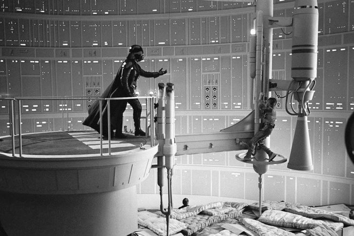 Empire Strikes Back scene 400