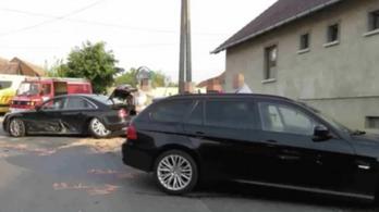 150-nel előzte meg a rendőrautót, majd egy árokban érték utol az őrült száguldozót