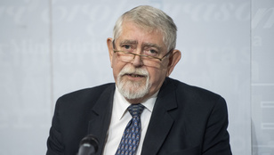 Orvosi kamara: A miniszter vállalja fel döntéseinek következményeit