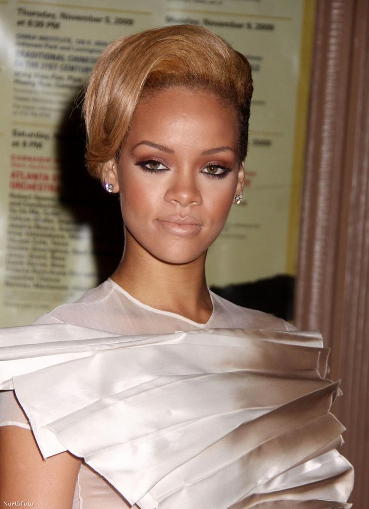 Brownt őrizetbe vették, 5 év felfüggesztett börtönbüntetést kapott, és még ugyanabban az évben, 2009 szeptemberében visszatért új albumával. A két sztár nem sokkal az incidens után kibékült, két közös számot is rögzítettek Rihanna későbbi albumain, az egyik címe:Nobody's Business(magyarul szabad fordításban kábé: senkinek semmi köze hozzá), melyben arról énekelnek, mennyire szeretik a másikat, és örökké egymáséi lesznek. (Zárójelesen:2018-ban Chris Brownt ismét letartóztatták testi sértésért.)