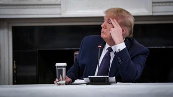 Trump már nem szedi azt a szert, amiről régen azt hitte, segít a vírus legyűrésében