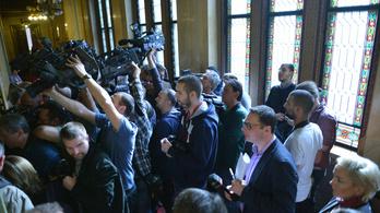 Nem vizsgálják felül a parlamenti tudósítás szabályait a strasbourgi döntés után sem