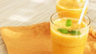 Banános-narancsos koktél – frissen facsart naranccsal tökéletes reggeli ital