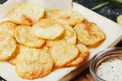A leggyorsabb sült krumpli mikróban sütve – Tökéletesen ropogós lesz
