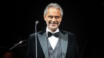 Andrea Bocelli is elkapta a koronavírust, és már vérplazmát is adományozott