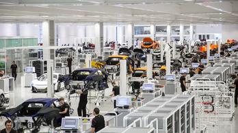 A dolgozói közel harmadát teszi utcára a McLaren