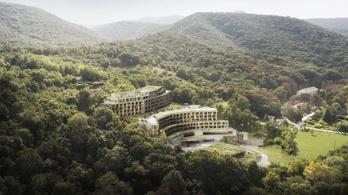 Megvan, hogy nézhet ki Szíjj László szállodája a Dunakanyarban