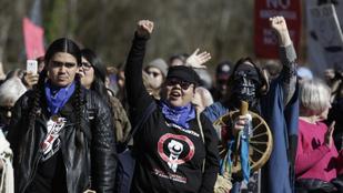 Ki kell használni, hogy a járvány miatt nem lehet tiltakozni, mondta egy miniszter Kanadában
