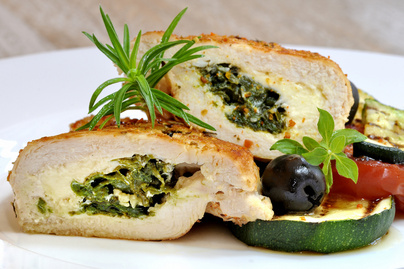 spenottal-gorgonzolaval-toltott-csirkemell