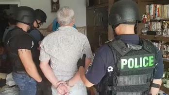 Kirúgott jogász volt a férfi, aki fegyverrel ment virágboltot rabolni Szegeden