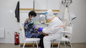 Koronavírus: Franciaországban ismét rekordot döntött a napi esetszám
