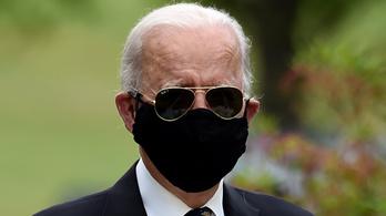 Joe Biden lekreténezte Trumpot, amiért a maszk miatt cikizte