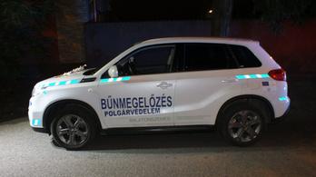 Fegyházat kérnek a Balaton-parti dílerekre, akik a bűnmegelőzés feliratú autóval vitték a drogot